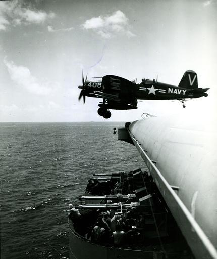 Koreakrieg/ US-Kampfflugzeug startet von Flugzeugträger/Foto - Korean War, US fighter aircraft / photo -