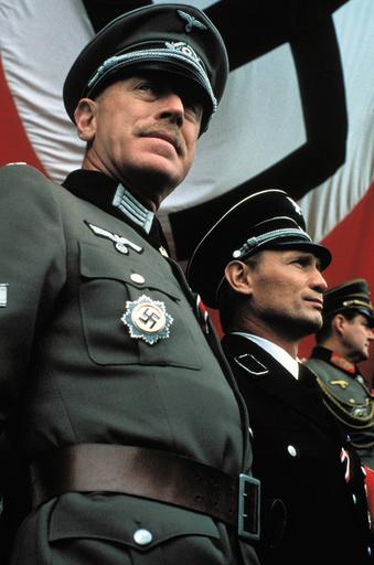 VICTORY, Max von Sydow, Arthur Brauss, 1981, (c) Paramount/courtesy Everett Collection