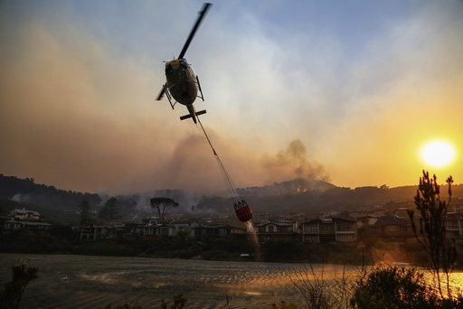 Somerset West fire in Helderberg mountains, South Africa