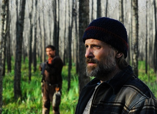 TODOS TENEMOS UN PLAN (2012), directed by ANA PITERBARG. VIGGO MORTENSEN.
