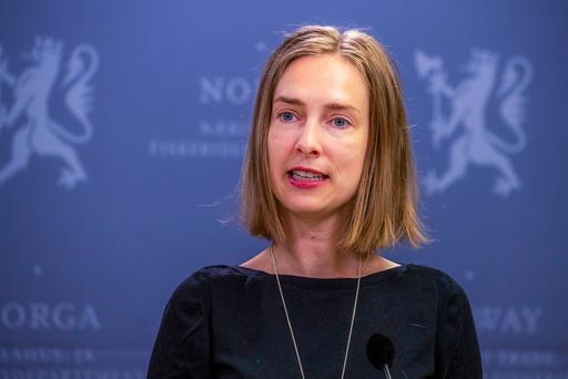 Næringsminister Iselin Nybø (V) lanserte mandag en ny ordning som skal hjelpe reiselivet å omstille seg. Foto: Terje Pedersen / NTB scanpix