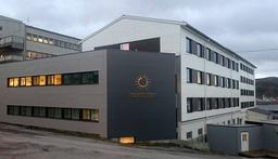 Flere ansatte ved Hammerfest sykehus har testet positivt for koronavirus. Det er nå 15 ansatte som er bekreftet smittet på sykehuset. Foto: Finnmarkssykehuset / NTB