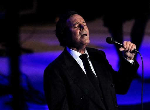 Spanish singer Julio Iglesias performs