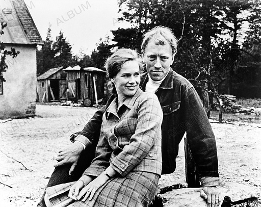 SHAME, THE (1968), directed by INGMAR BERGMAN. MAX VON SYDOW; LIV ULLMANN.