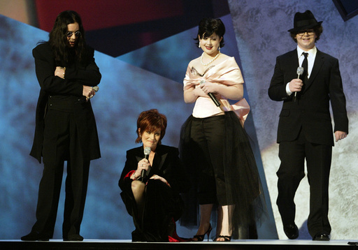 THE OSBOURNE FAMILY HOST THE AMERICAN MUSIC AWARDS