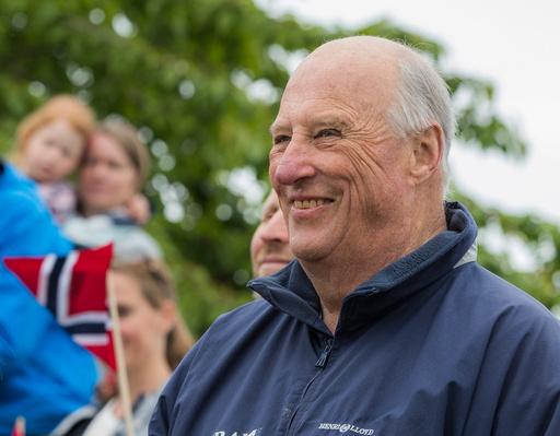 Kong Harald er med på markeringen av Lions Club Internationals 100-årsjubileum.