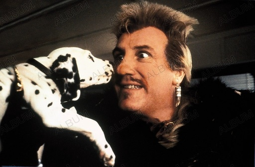 102 DALMATIANS (2000), directed by KEVIN LIMA. GERARD DEPARDIEU.