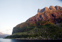 Miljødirektoratet foreslår å utrede fjellet Hornelen som ny nasjonalpark. Foto: Gorm Kallestad / NTB