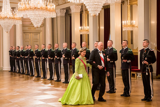 Kong Harald og dronning Sonja feirer sine 80-Ârsdager