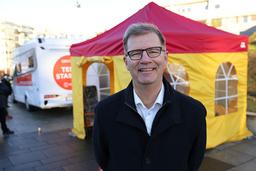 Selv om Oslo nå har vaksinert 100.000 av sine innbyggere, håper helsebyråd Robert Steen (Ap) at vaksineringen vil gå fortere i tiden framover. Foto: Ørn E. Borgen / NTB