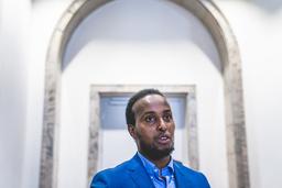 Abdirahman Diriye er leder for Islamsk Råd Norge. Dialogen er tett både med lokale og nasjonale myndigheter angående en trygg og smittevernpreget ramadan, sier han. Foto: Stian Lysberg Solum / NTB