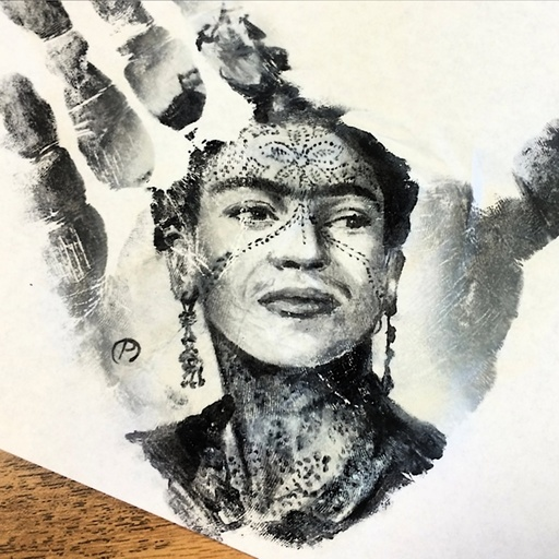 Artist Paints Incredibly Realistic Portraits on His Palms, Then Stamps Them on Paper!