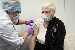 Vaksineskepsisen er stor i Russland, viser undersøkelse. Foto: AP / NTB