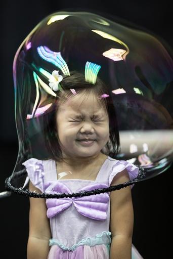 Pep Bou Bubble Magic show
