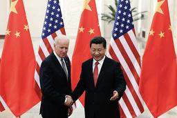 Kan Joe Biden bedre USAs forhold til Kina? Her i et møte med Kinas president Xi Jinping i 2013 da Biden var visepresident. Foto: Lintao Zhang / AP / NTB