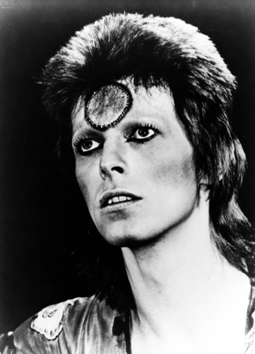 Ziggy Stardust and the Spiders from Mars (1973) DAVID BOWIE