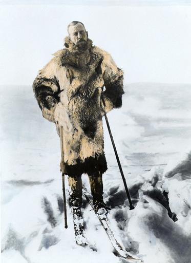 Roald Amundsen auf Skiern / Foto - Roald Amundsen on Skis / Photo / 1925 - Roald Amundsen / Skis / Photo / 1925