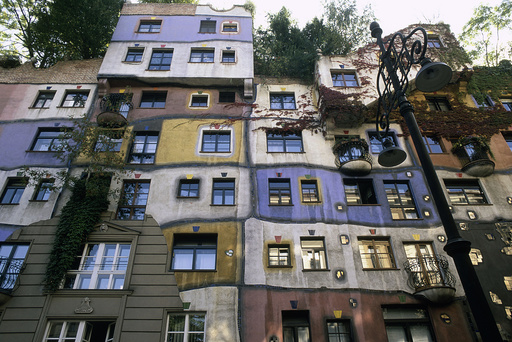 Wien,Hundertwasserhaus,Teilansicht - Vienna / Hundertwasser Building / Photo - Vienne (Autriche), 3e arr., maison Hundertwasser, Kegelgasse