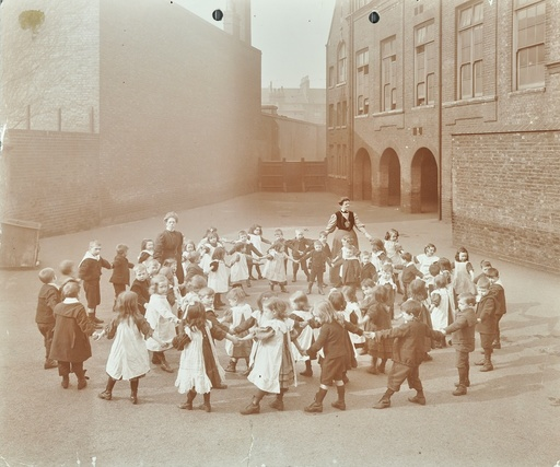 Children playing 'Twinkle, Twinkle, Little Star', Flint Street School, Southwark, London, 1908. Artist: Unknown.