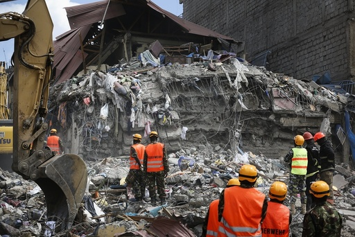 Building collapses in Nairobi