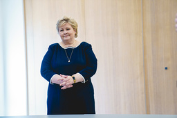 Statsminister Erna Solberg (H) er blant dem som er blitt straffet for brudd på koronaforskriften. Foto: Stian Lysberg Solum / NTB