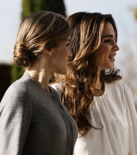 Spain's Queen Letizia arrives with Jordan's Queen Rania for a visit to the Molecular Biology Centre in Cantoblanco, outside Madrid, Spain