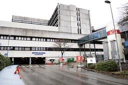 Et dødsfall etter en mandeloperasjon ved Haukeland universitetssjukehus ble rutinemessig varslet til Statens helsetilsyn, som har overlatt til fylkeslegen i Vestland å undersøke saken. Illustrasjonsfoto: Marit Hommedal / NTB