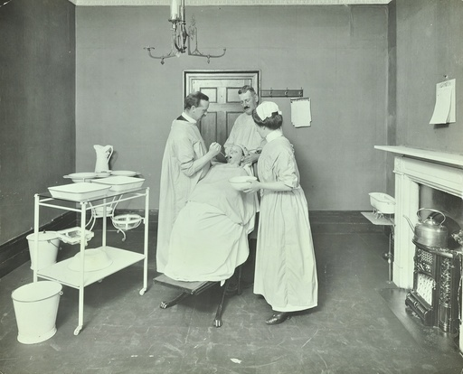 Operation Room, Woolwich School Treatment Centre, London, 1914. Artist: Unknown.
