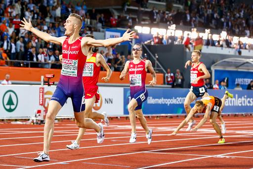 Filip Ingebrigtsen vinner 1500 meter - finale