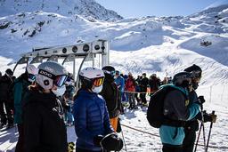 Italia vil ha stengte skianlegg i vinter, mens Østerrike og Tyskland vil holde dem åpne. Dette bildet er fra Verbier i Sveits og ble tatt i oktober. Foto: AP / NTB
