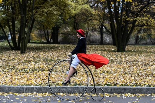Traditional Penny Farthing bicycle race