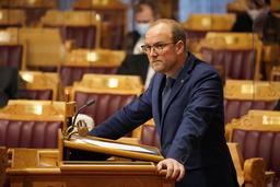 Ole André Myhrvold, som representerer Østfold for Senterpartiet, sier at om Sp går inn i regjering, vil de sette i gang et lovarbeid for å styre strømeksporten. Foto: Ole Berg-Rusten / NTB