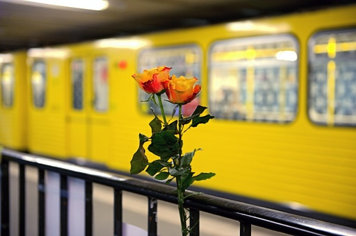 Mourning for subway victim in Berlin