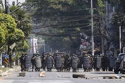 Militærjuntaen i Myanmar advarer utenlandske ambassader mot å rapportere om hva som skjer i landet. Foto: AP / NTB