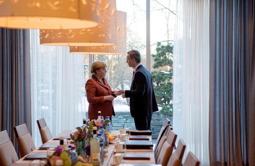 Merkel møter Stoltenberg