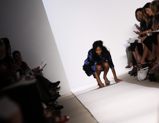 Model falls as she presents creation from Peter Som Spring/Summer 2009 collection at New York Fashion Week