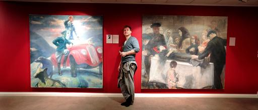 Maler Vebjørn Sand med utstillingen