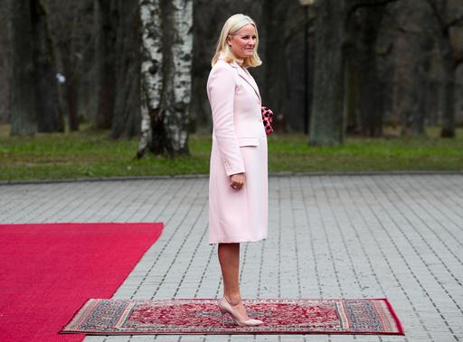 Kronprins Haakon og kronprinsesse Mette-Marit besøker Estland.