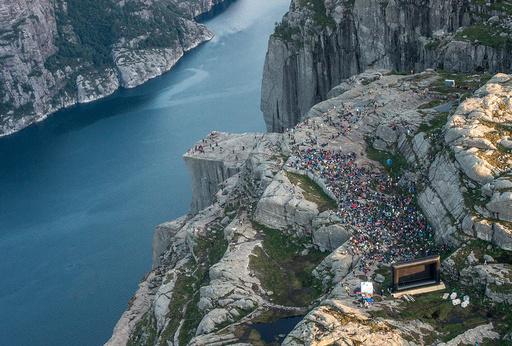 Filmvisning av Mission Impossible 6 pPreikestolen i Forsand kommune i Rogaland.