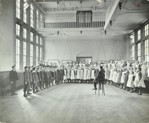 Singing lesson, Jews' Free School, Stepney, London, 1908. Artist: Unknown.