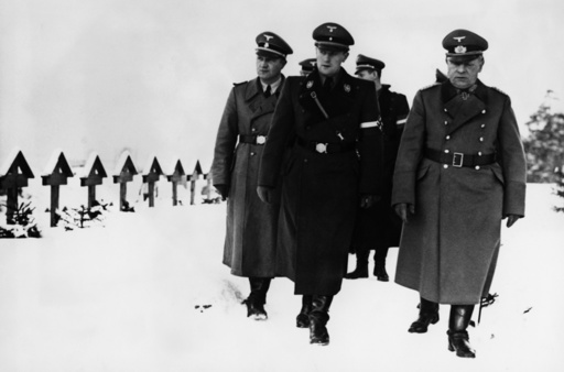 A.Axmann / Besuch in Norwegen 1941/ Foto - Arthur Axmann / Visiting war graves in Norway / Photo, 1941. - A.Axmann/Visite en Norvège 1941/Photo