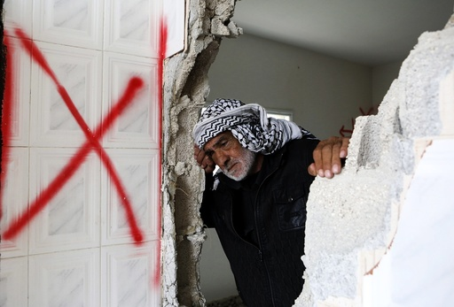 Israel demolishes homes of 2 Palestinians, accused of killing 5 Israelis